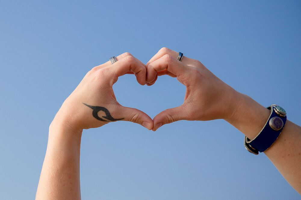 handen hart lucht